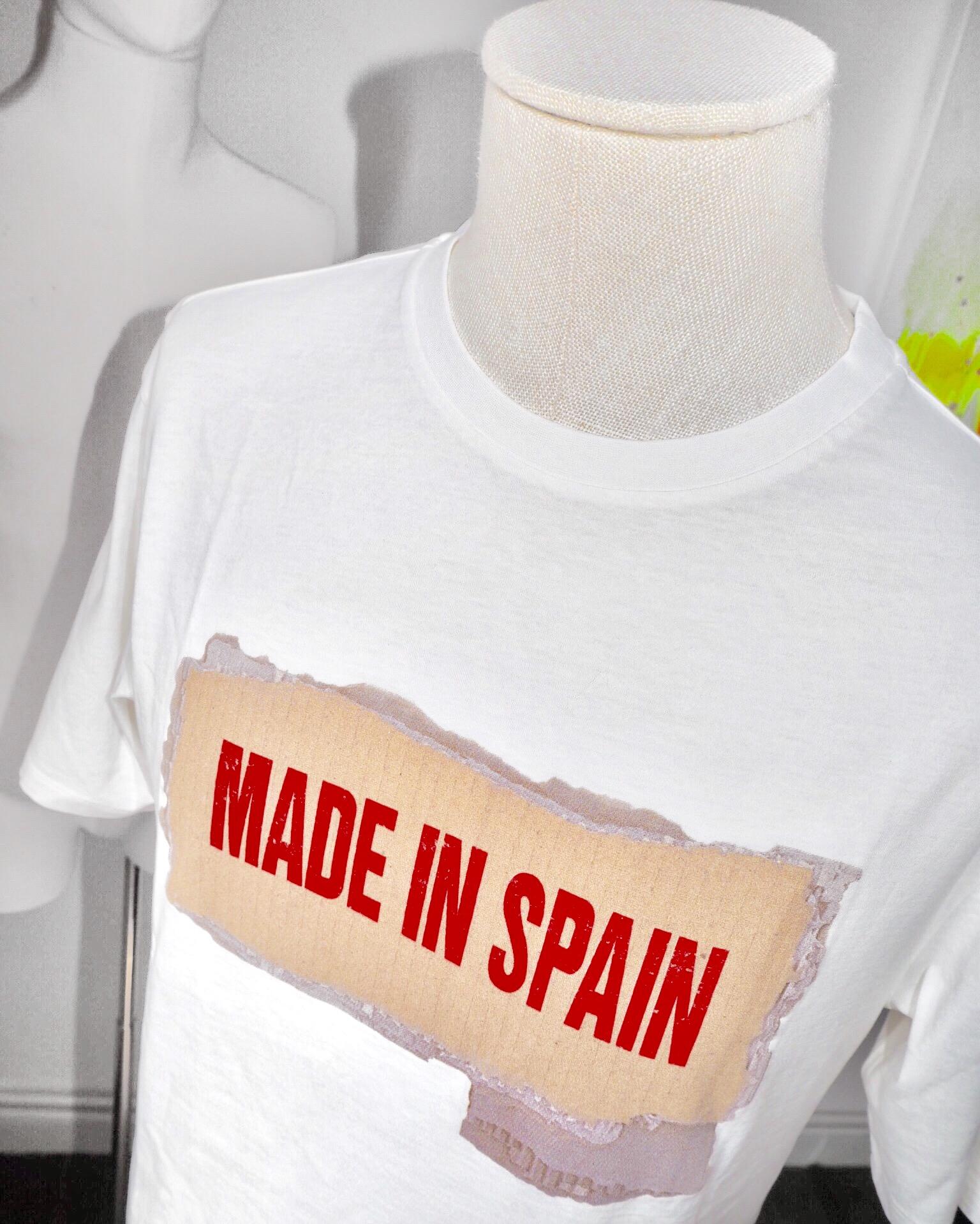 Camiseta de Loewe.